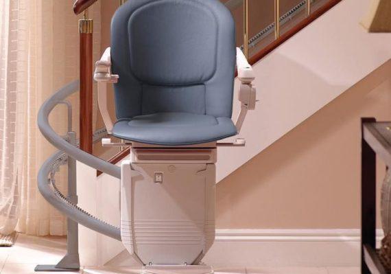 Les monte-escaliers reconditionnés sont-ils un investissement judicieux
